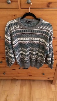 gray and black tribal print sweater Cantley