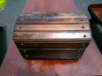 Wood chest with cedar inside Columbus, 43224