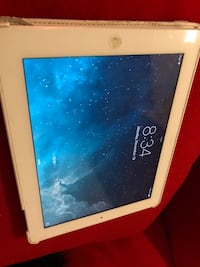 Ipad 2 larger screen high resolution excellent condition pick up Mississauga  Mississauga, L5B