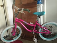 toddler's pink and white bicycle 欧文, 92612