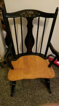 brown wooden windsor rocking chair Kenilworth, 07033