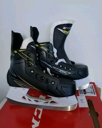 CCM Tacks 2092 Junior Hockey Skates SZ 3 Mississauga, L5G 3B7