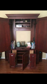 Armoire for sale. need gone asap!! Clarksville, 37040
