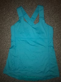 Lulu lemon tank top in excellent condition  North Vancouver, V7K 1A7