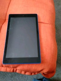 Amazon fire 8 inch tablet