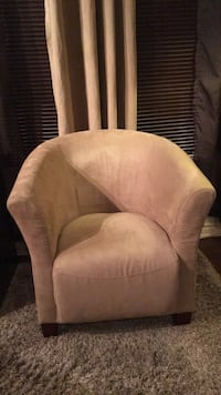 Beige Arm Chair Almost Brand New Montréal, H1K 3B7