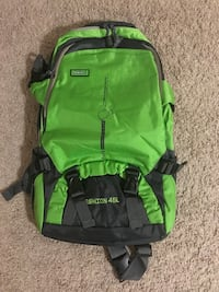 Brand new Hiking backpack with waterproof cover Montebello, 90640