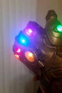Infinity Gauntlet (moveable fingers and thumb) Fredericksburg, 22406