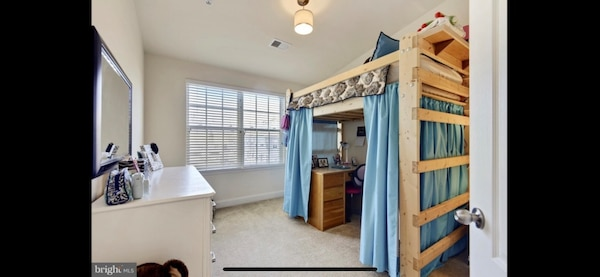 Wood loft bed with or without mattress