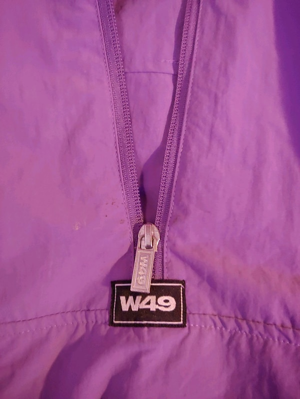 Small west forty nine Windbreaker 5ce13a42-60d6-4318-a0c7-97a7e38d3542