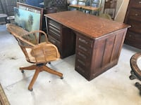 American oak office desk, circa 1900 / Montecito, 93108