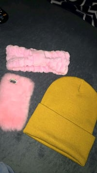 pink and white knit cap San Diego, 92154