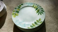 The Cellar Creamware with Leaf Accents 27 km