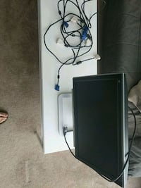 Computer monitor with extra vga and dvi cables