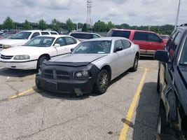 07 dodge charger 3.5L only for parts