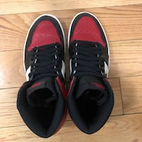 pair of black-and-red sneakers Yonkers, 10704