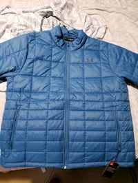 Under Armour mens insulated jacket