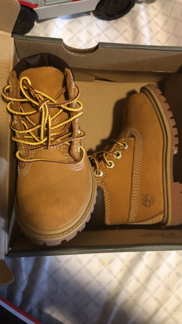 Used Toddler timberland boots 5c for sale in New York - letgo 8e8a31ab5002