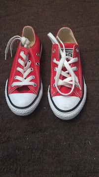 Red converse kids size 11 brand new never worn