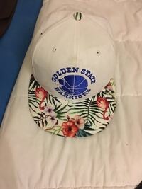 white and red Golden State Warriors embroidered cap