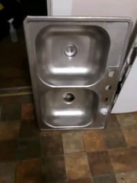 Stainless steel double style bucket sink