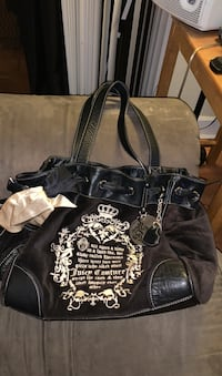 AUTHENTIC Juicy Couture Black Velvet ROYAL JUICY Shop Logo Purse