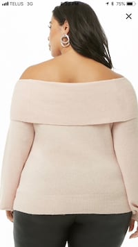 Plus size off the shoulder sweater. Calgary, T3G