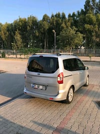 2014 Ford Tourneo Courier Journey