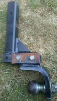 Hidden hitch sold seperate see add. Bellingham, 98226
