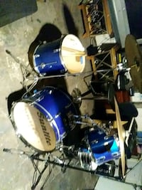 blue and black Yamaha drum set Stone Mountain, 30088