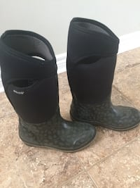 BOGS Women's Size 6 Boots St Catharines, L2M 7B2