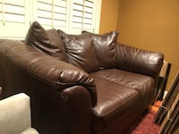 Brown faux leather, Love Seat Washington, 20019
