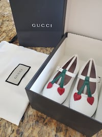 Gucci shoes toddler size 20 Laval