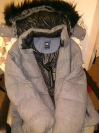 Womens gap winter jacket London, N6J 1V2