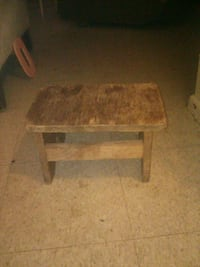 Wooden stepping stool Las Cruces, 88001