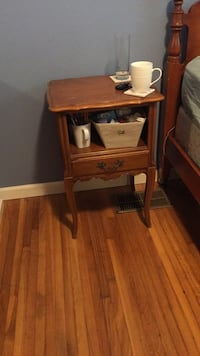 Coffee Table/free with set.  includes lamps San Jose, 95118
