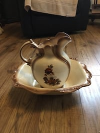 Vintage bowl and pitcher.