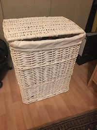 White Wicker Hamper London, W10 4EE