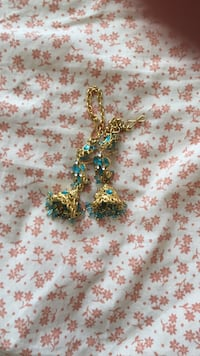 women's gold and blue necklace Mississauga, L4Y 3A9