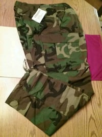 Cargo camoaflage pants Levittown, 11756