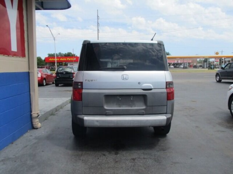 Honda-Element-2003 5e9a0f57-806f-4262-a046-9f03f857cd0d