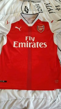 Arsenal Jersey Youth Size X-large  Kitchener, N2E 3L4
