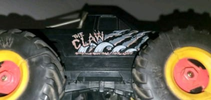The claw come out 1992