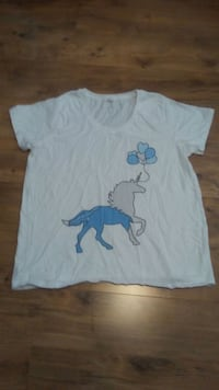 Large unicorn shirt Modesto, 95356