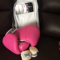 Everlast Gloves & Wraps Edmonton, T5G