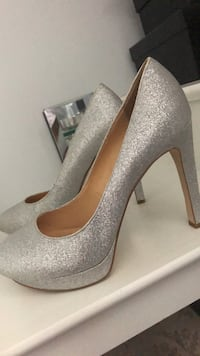 Silver Heels Size 9 Laval, H7G 5M2