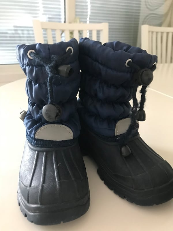 Boots Size 25 2