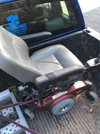 Handicap wheel chair brand new only needs a cleaning only used very little been sitting has two new battery cash offer or trades welcome  Harpers Ferry, 25425