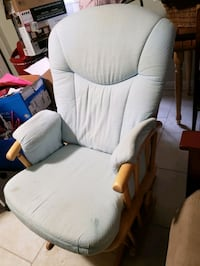 Dutailer gliding chair