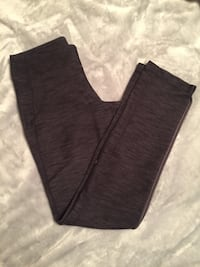 BRAND NEW size 4 Lululemon pants  Winnipeg
